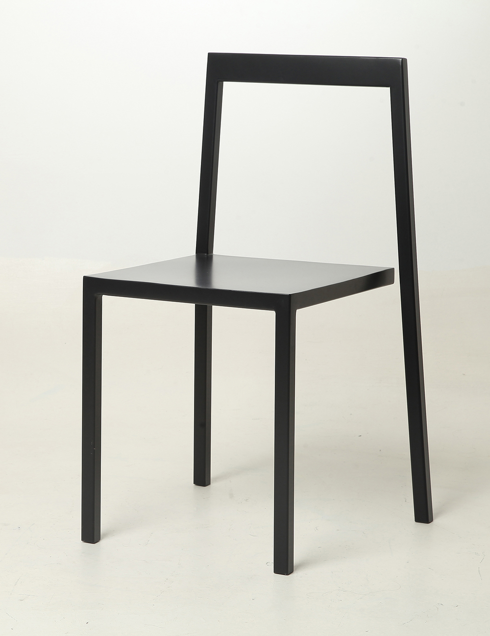 Chair 3/4. image courtesy from Sandro Lominashvil