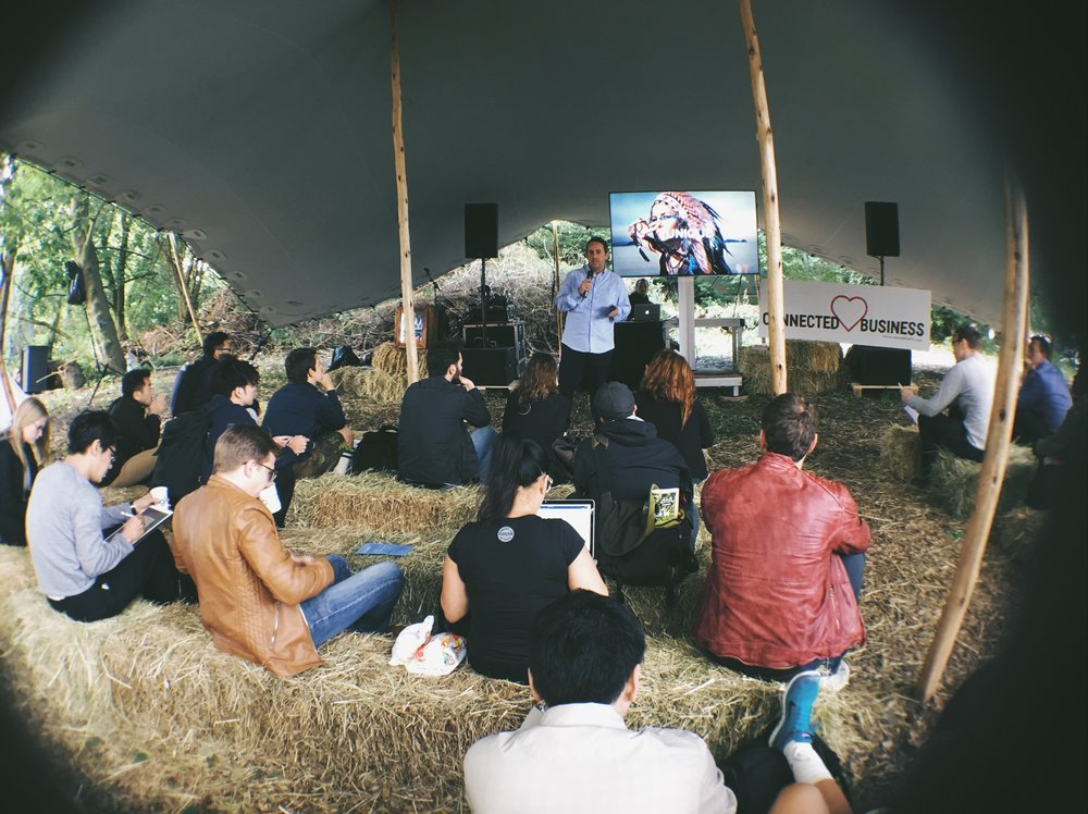 The Forest stage. On experience sharing.