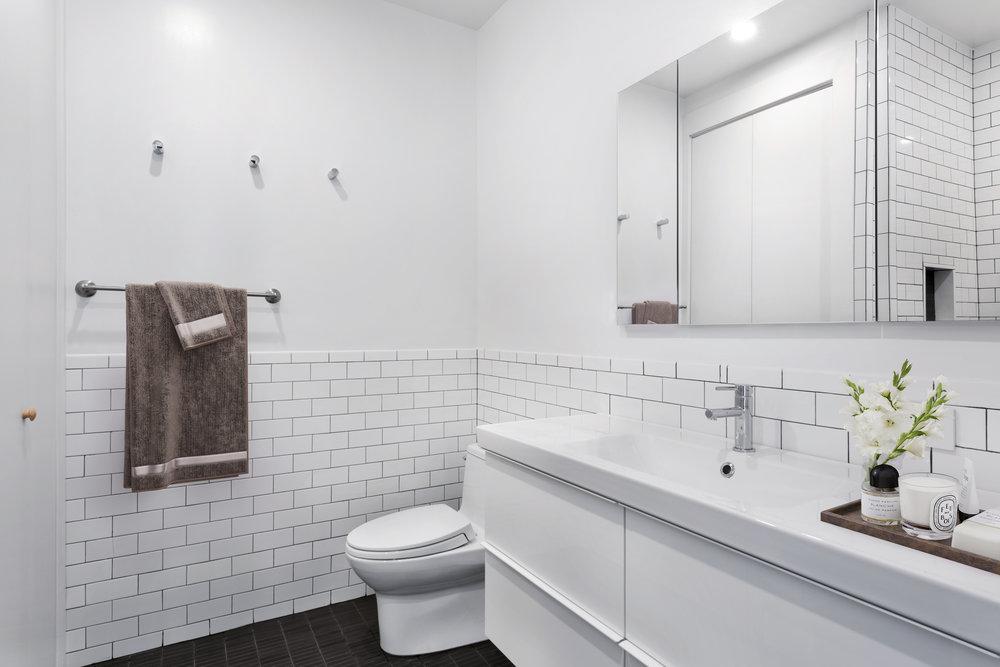 Bolster Smart Renovation Master Bathroom.jpg