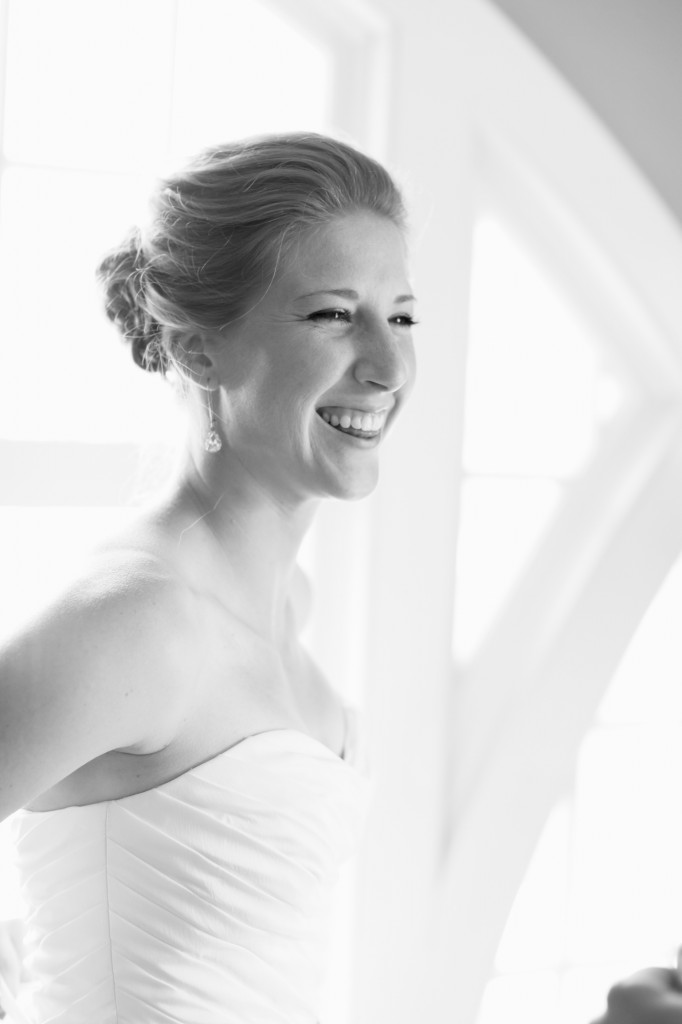 Tacoma wedding photographer seattle wedding ross waterway seaport urban grace church rachael kruse photography  037