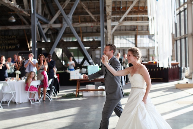 Tacoma wedding photographer seattle wedding ross waterway seaport urban grace church rachael kruse photography  051