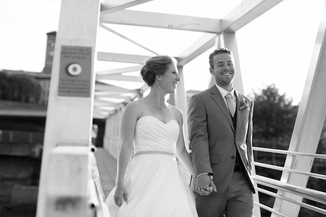 Tacoma wedding photographer seattle wedding ross waterway seaport urban grace church rachael kruse photography  083