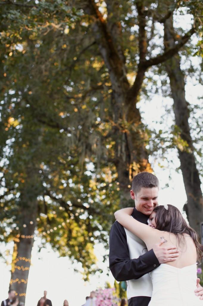 Eugene Oregon Wedding photographer whisper-n-oaks woods trees bride rachael kruse photography photos 1 (3)