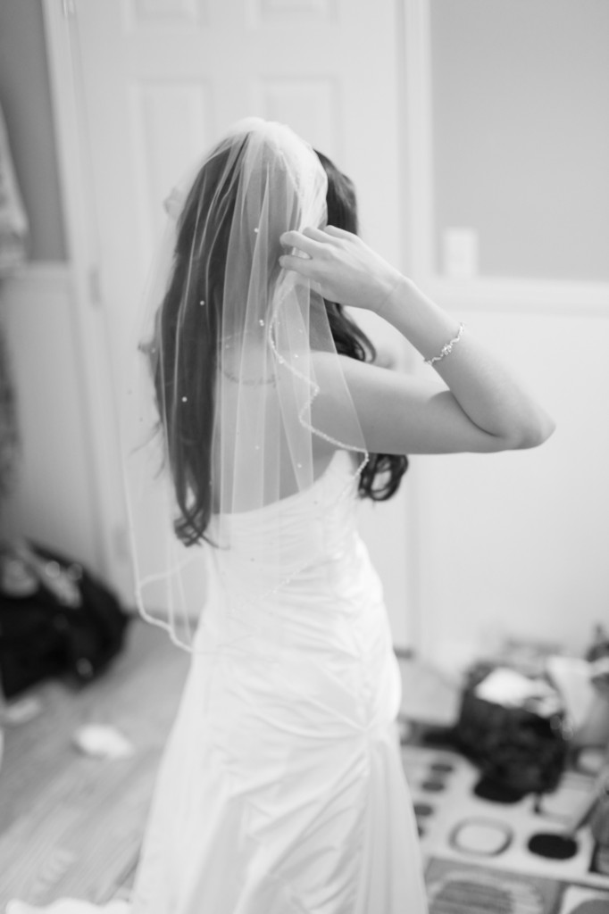 Eugene Oregon Wedding photographer whisper-n-oaks woods trees bride rachael kruse photography photos 2 (1)