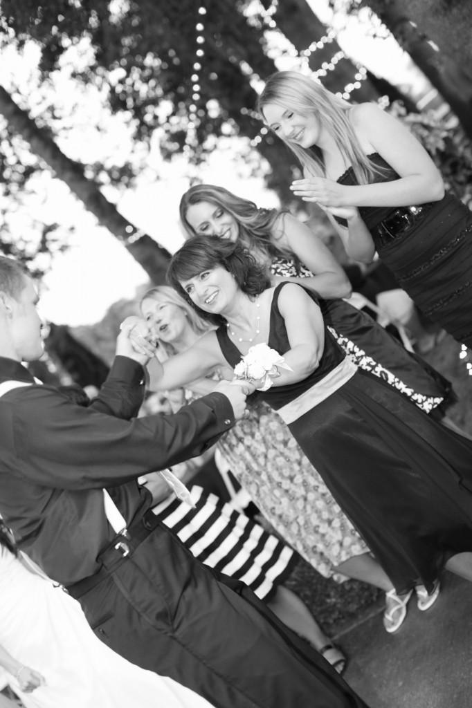 Eugene Oregon Wedding photographer whisper-n-oaks woods trees bride rachael kruse photography photos 3 (2)