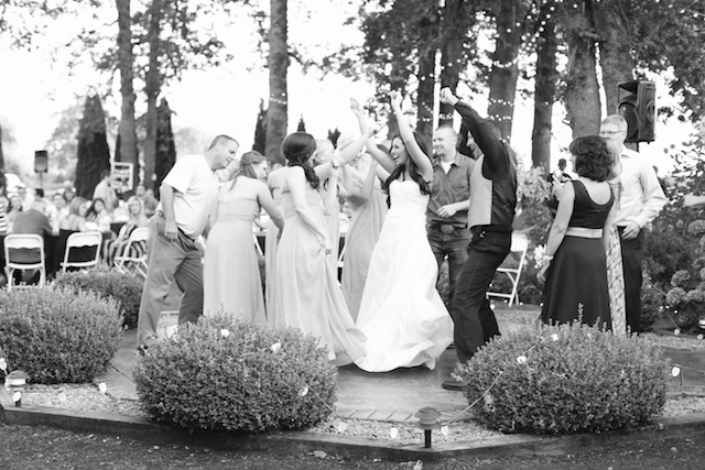 Eugene Oregon Wedding photographer whisper-n-oaks woods trees bride rachael kruse photography photos 4 (1)