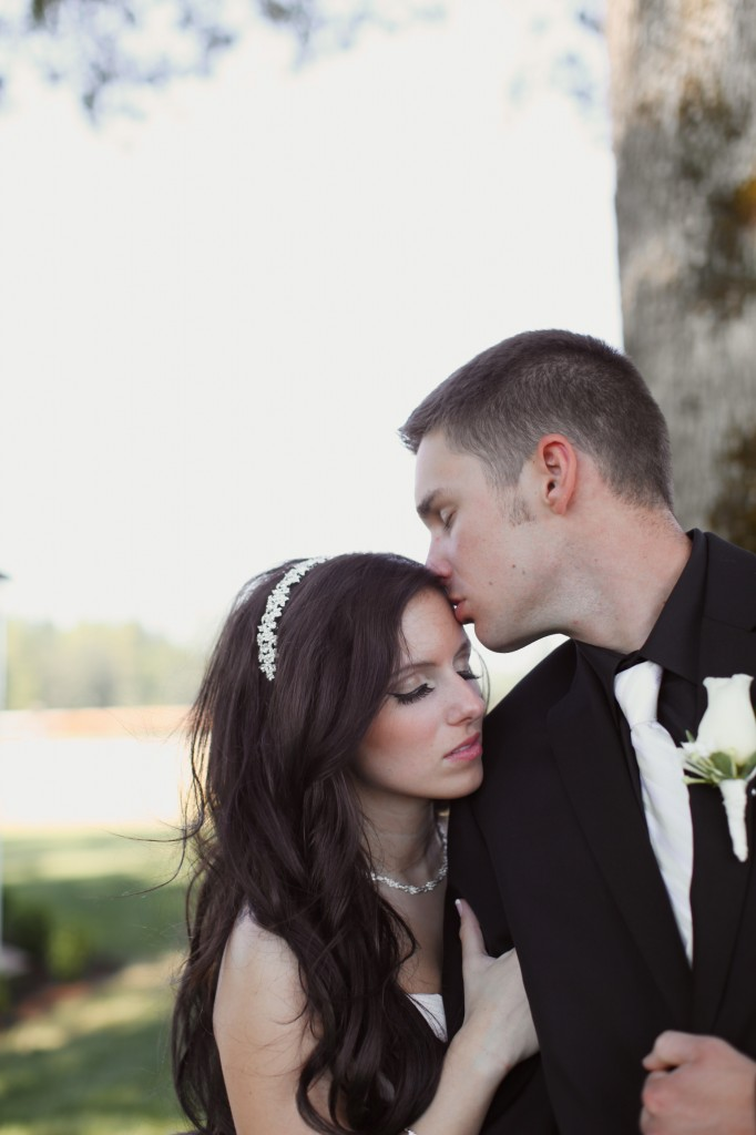 Eugene Oregon Wedding photographer whisper-n-oaks woods trees bride rachael kruse photography photos 4