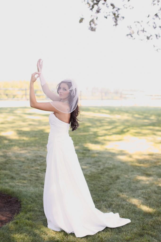 Eugene Oregon Wedding photographer whisper-n-oaks woods trees bride rachael kruse photography photos 6