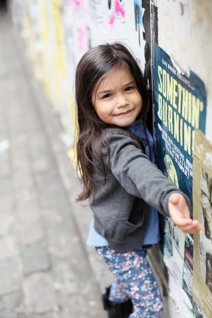 seattle family photographer downtown pikes market great wheel gum wall children kids rachael kruse photography 5 (1)
