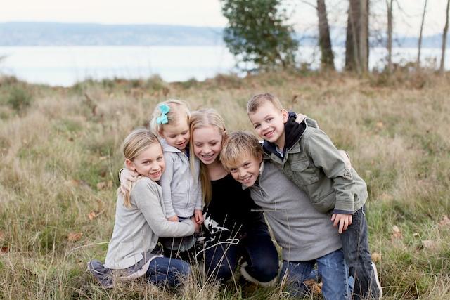 seattle family photographer rachael kruse shawn petree anna petree magnuson park seattle washington children child kid water winter december 2 (1)