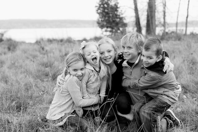 seattle family photographer rachael kruse shawn petree anna petree magnuson park seattle washington children child kid water winter december 3 (1)