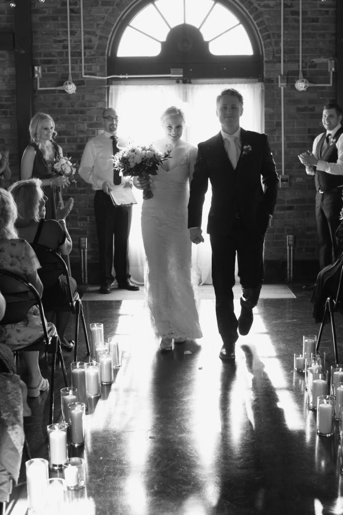 seattle wedding photographer golden garden boathouse boat house sand beach wedding bride groom ballard hannah swayne gavin swayne 15
