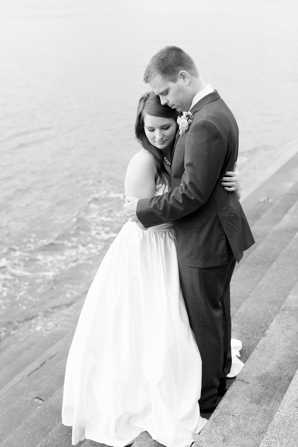 seattle wedding photographer photography rachael kruse ocean pudget sound the hall at fauntleroy film photographer engagement west seattle bride and groom photos bride and groom steps into ocean water