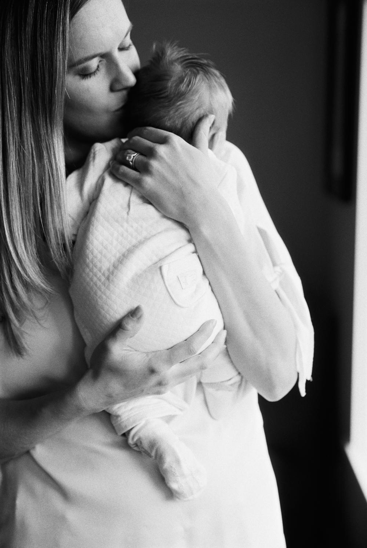 seattle newborn photographer new born baby kids family children home house rachael kruse photography 30.jpg