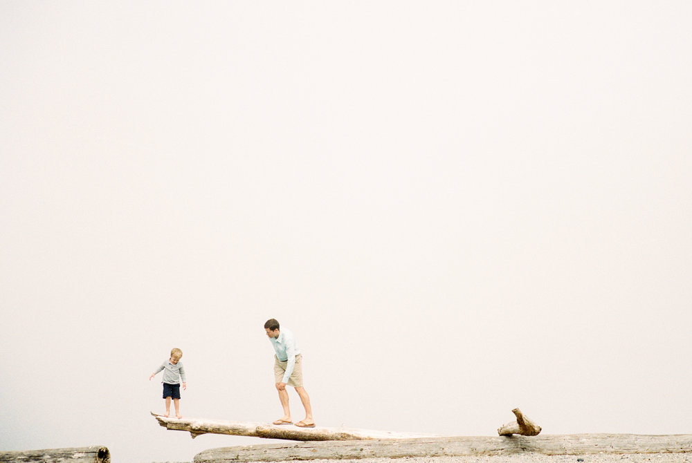 seattle family photographer photography film kids children baby newborn carkeek park ocean father son