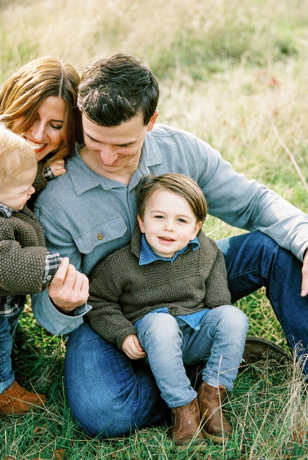 seattle family photographer photo discovery park children child kids kid mom dad brother double exposure film kodak portra 400 35mm pudget sound most popular top best rated photographer rachael kruse photography meg kilcup