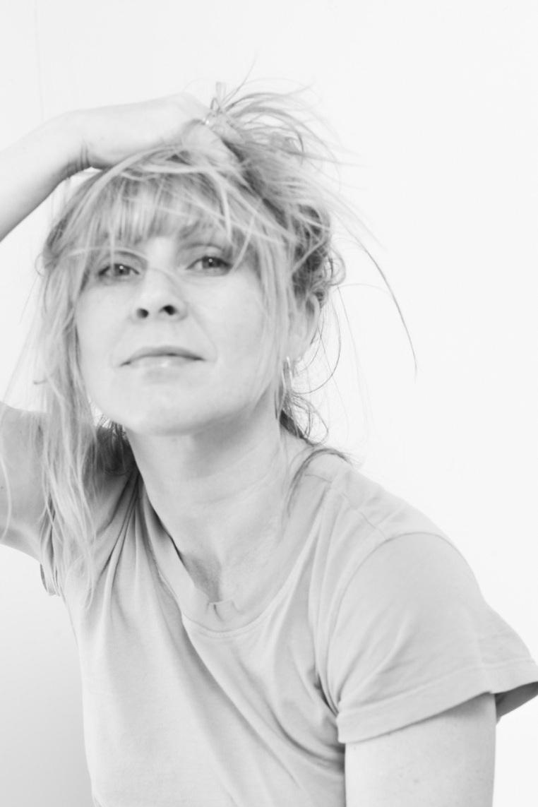 Sally+Peterson+Self+Portrat.jpg