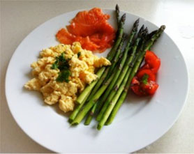 Scrambled-egs-smoked-salmon.jpg