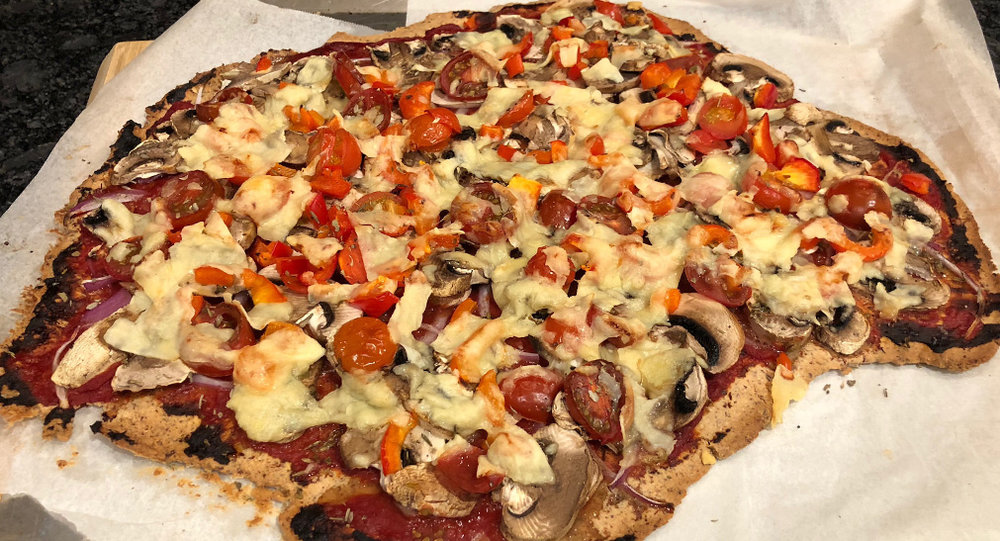 4-ingredient-pizza-base.jpg