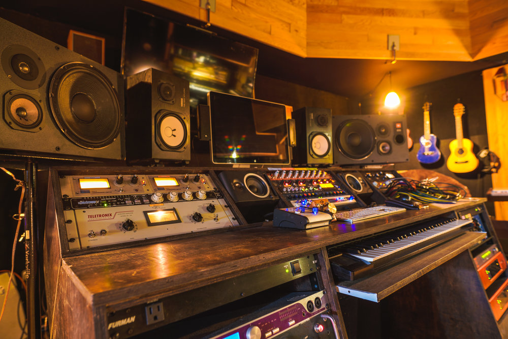 Studio-26.jpg