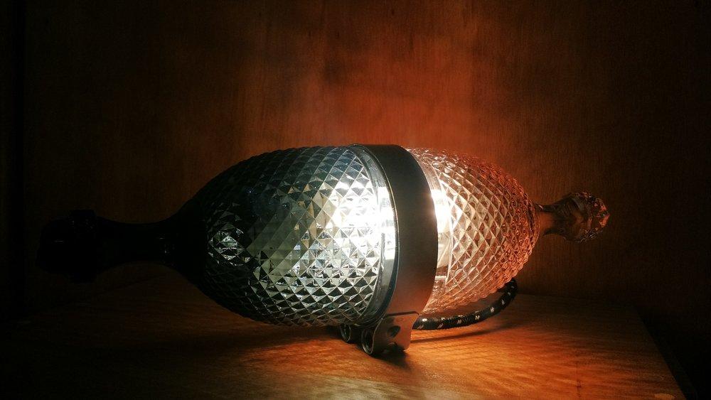 Luminária Bitoca, por Eduardo Borém