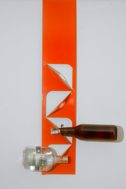 piluba-porta-garrafa-para-portas