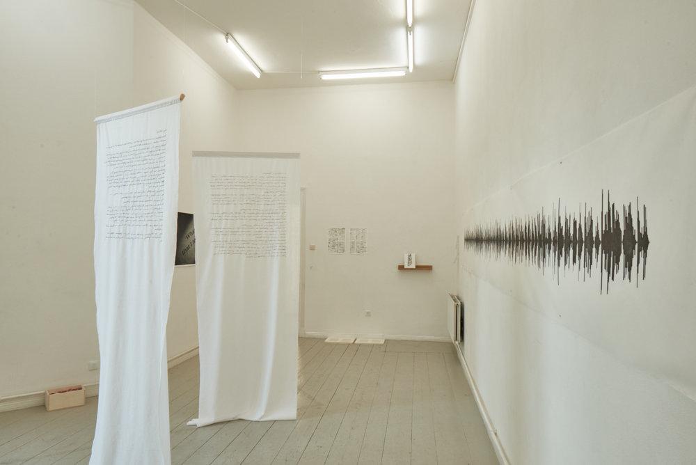 Obra em exposição na galeria HilbertRaum, em Berlim