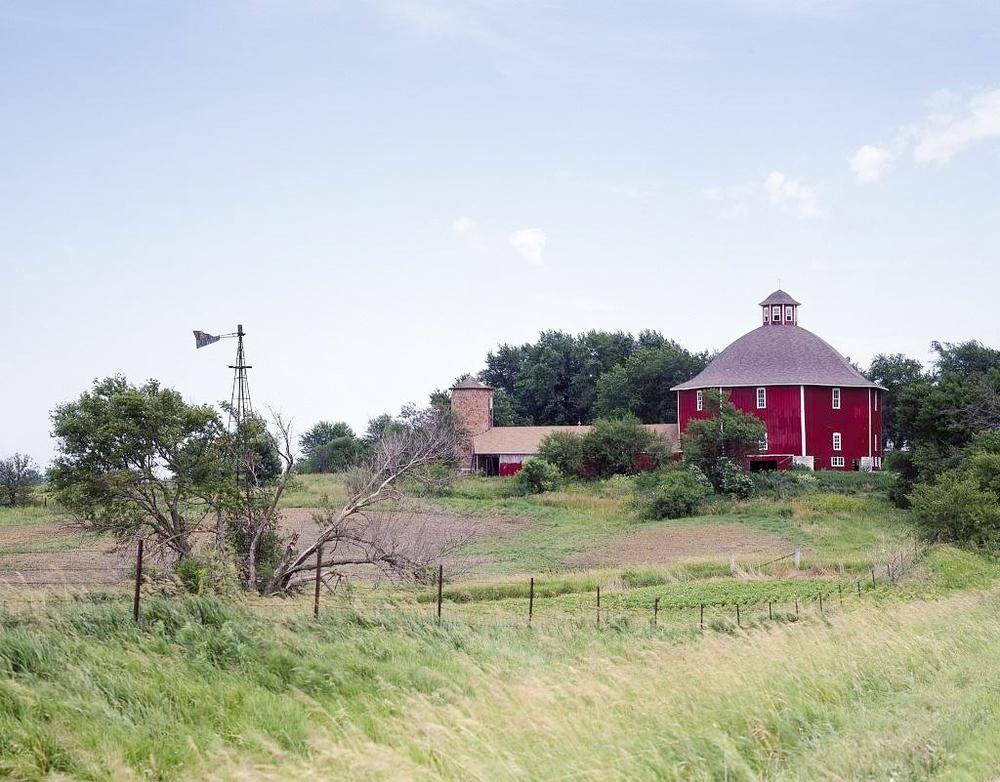Secrest Octagonal Barn