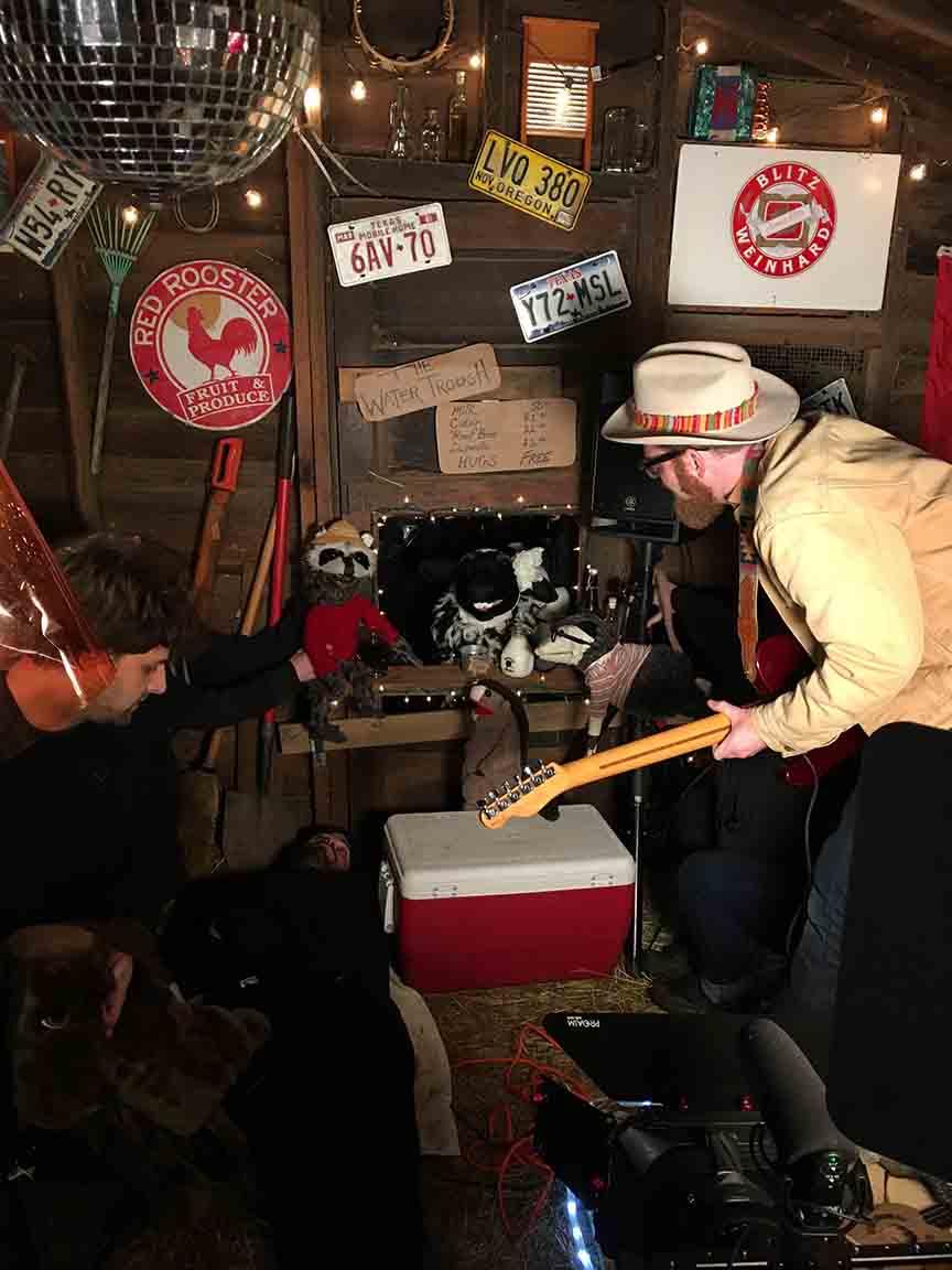 red yarn old barn bts4 web.jpg