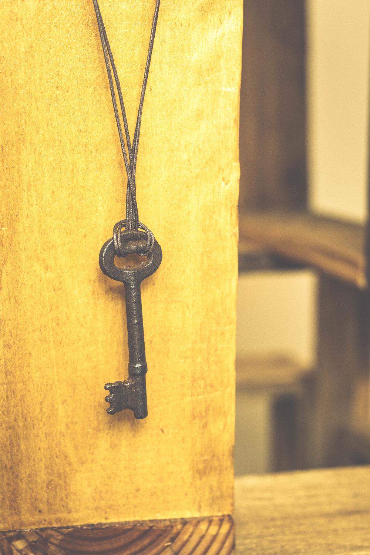 KeyNecklaceDetail.jpg