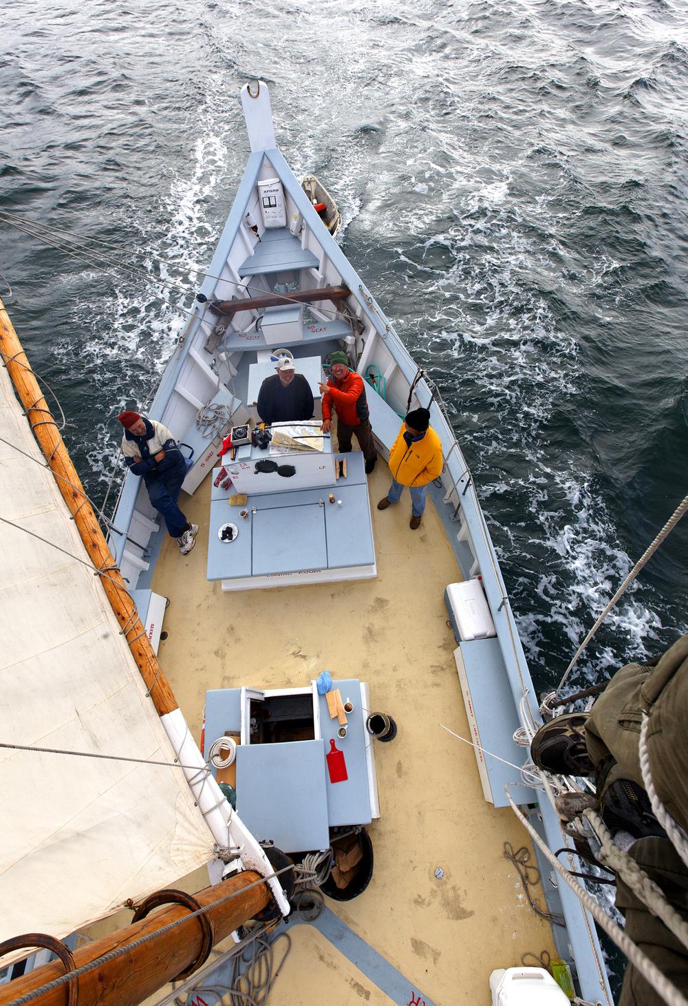 _schooner_3007sm.jpg