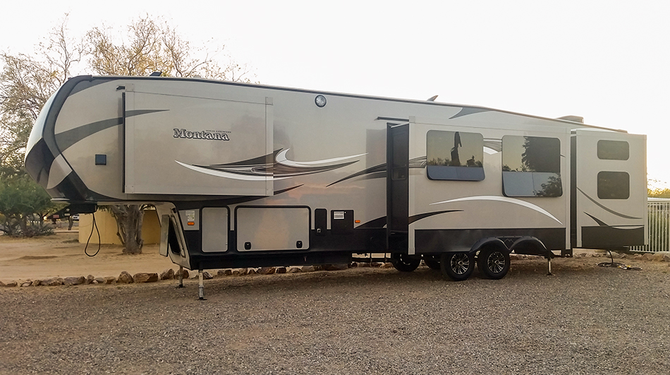 Meet our new home, a brand new 2015 Montana High Country 356BH