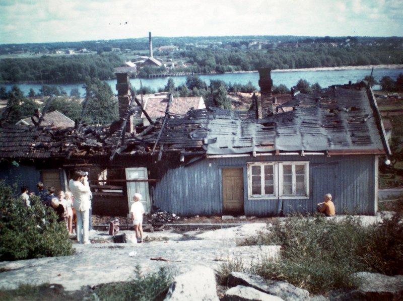 Per Lilands tidligere hjem brant ned samme dag han ble dømt.