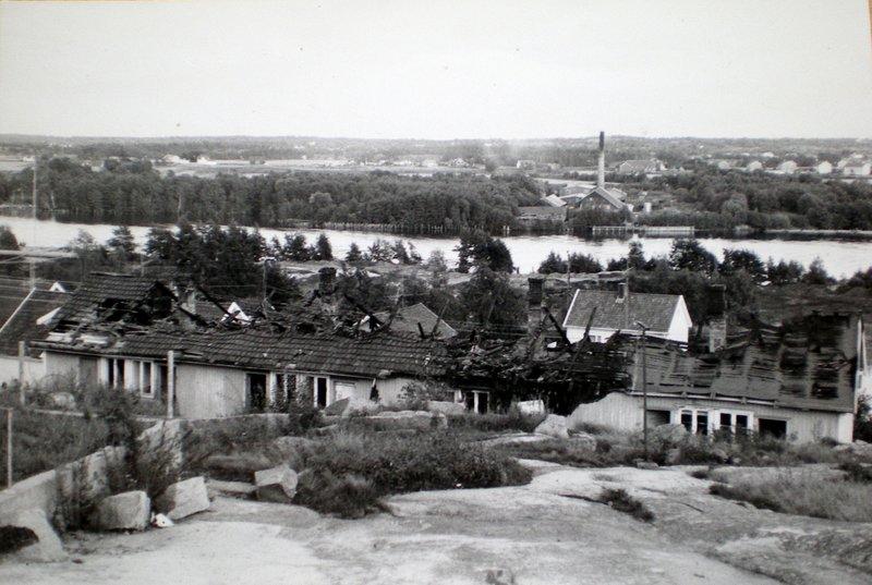 Besøker Per Lilands tidligere hjem sombrant ned samme dag han ble dømt.