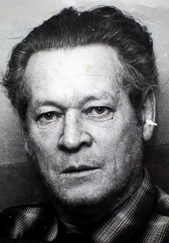 Rolf Kristiansen så en beruset mann som kom ut fra Lille Helvete 24. desember ca kl 06.45.