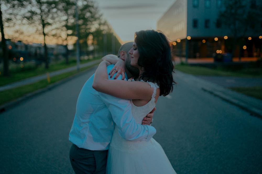 couple on wedding day amsterdam