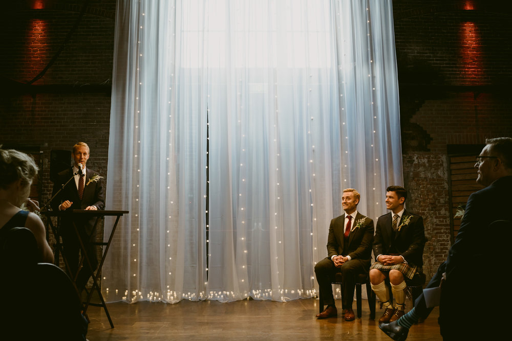 amsterdam wedding photographer ceremony speech mark hadden