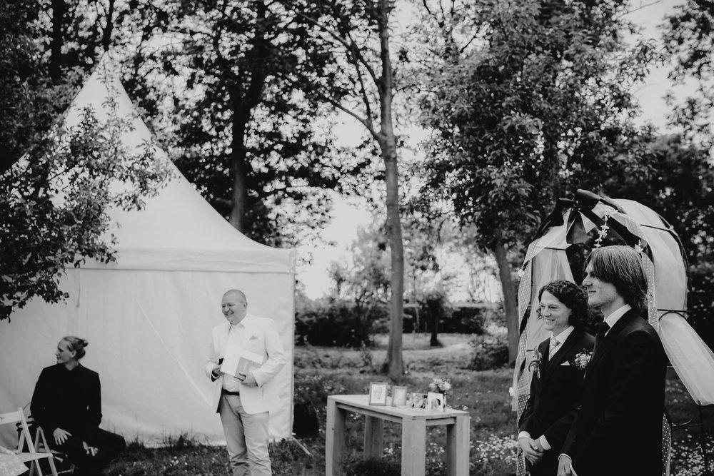 amsterdam-wedding-photography-bruidsfotografie-trouwfotograaf-mark-hadden-Nanda-Daniel-026-2.jpg