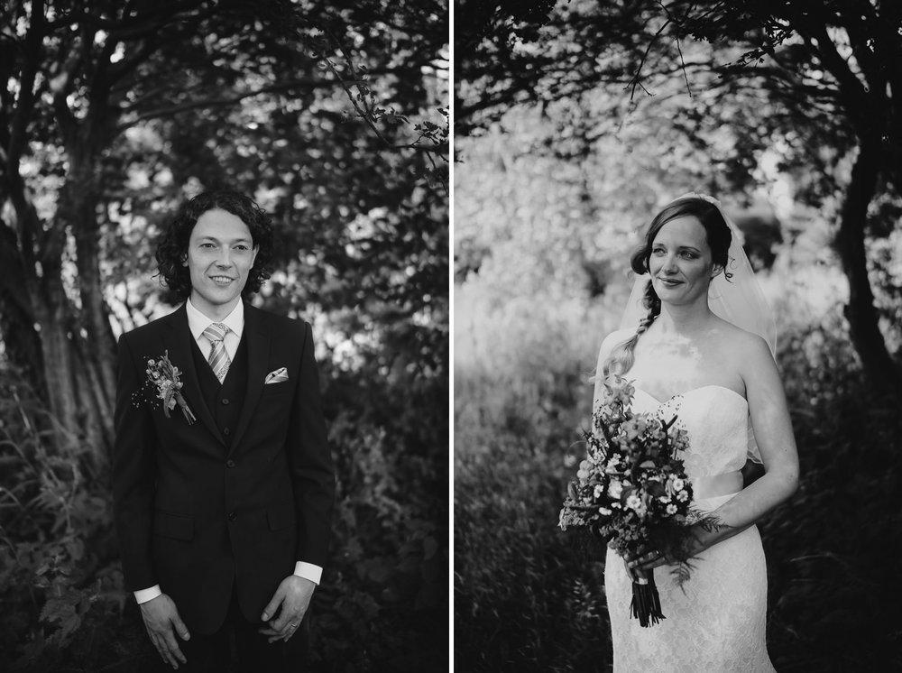 bruidsfotografie amsterdam bruid trouwjurk en bloemen