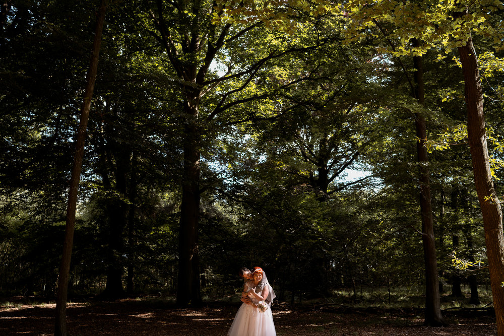 amsterdam wedding photography in the forest at leusden