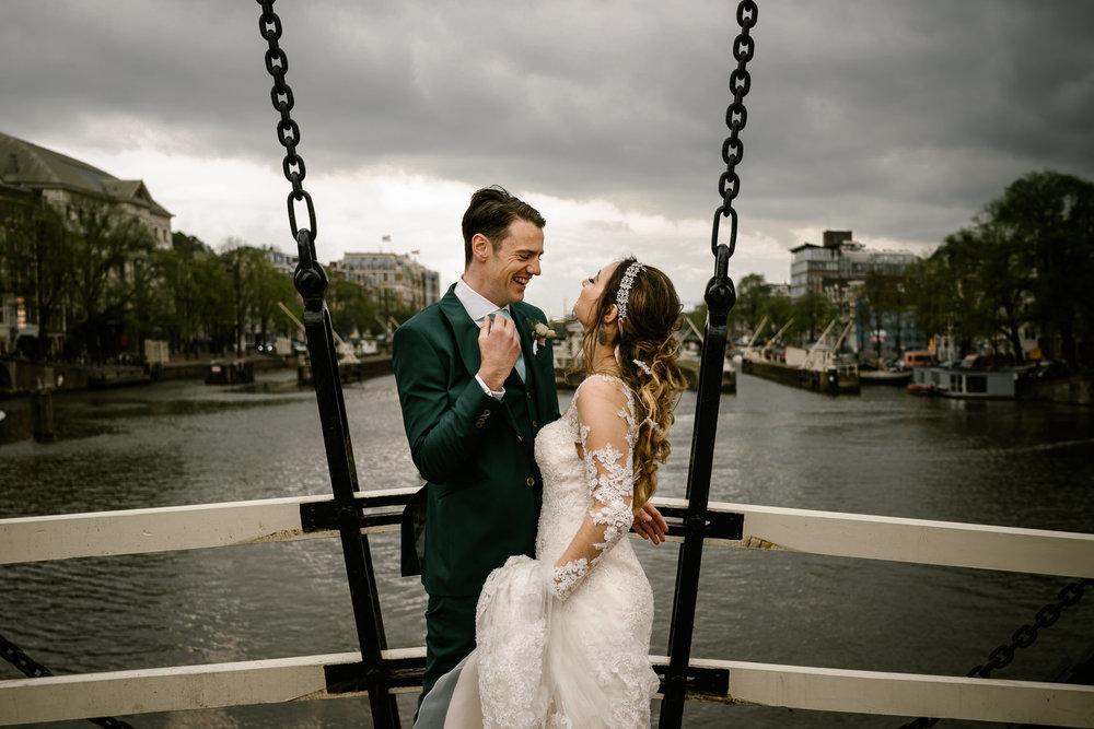 bruidsportret magere brug amsterdam - mark hadden bruidsfotograaf