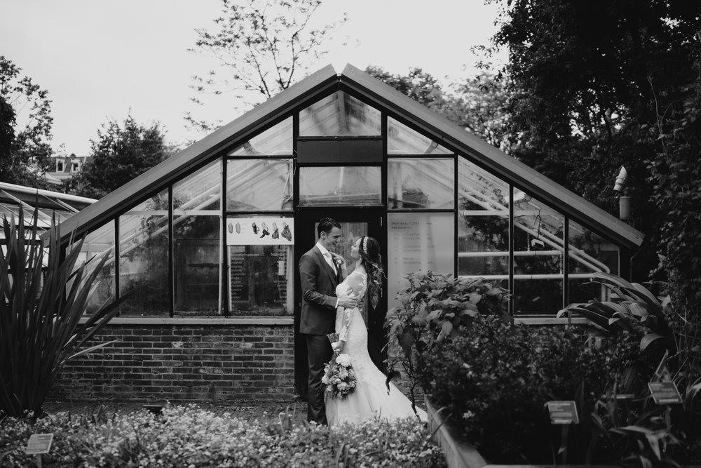 bruidsfotografie hortus botanicus by mark hadden trouwfotograaf amsterdam