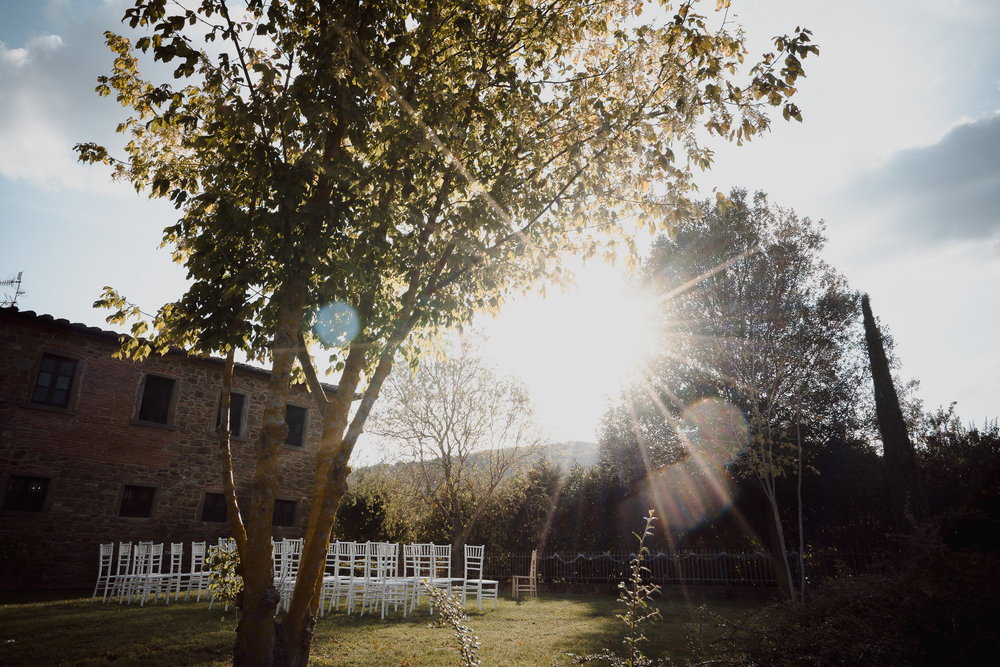 sunny wedding day tuscany photography by mark hadden
