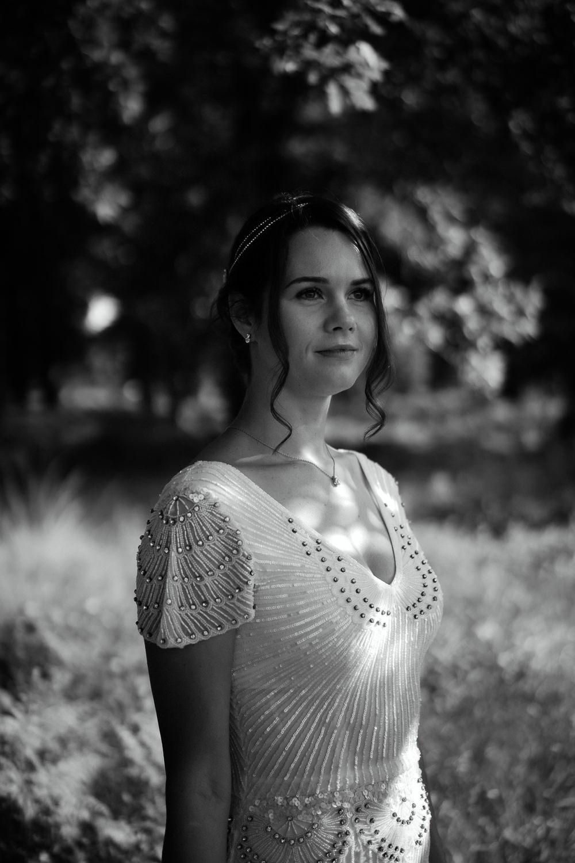 bruiloft fotograaf amsterdam bruidsportret in het bos