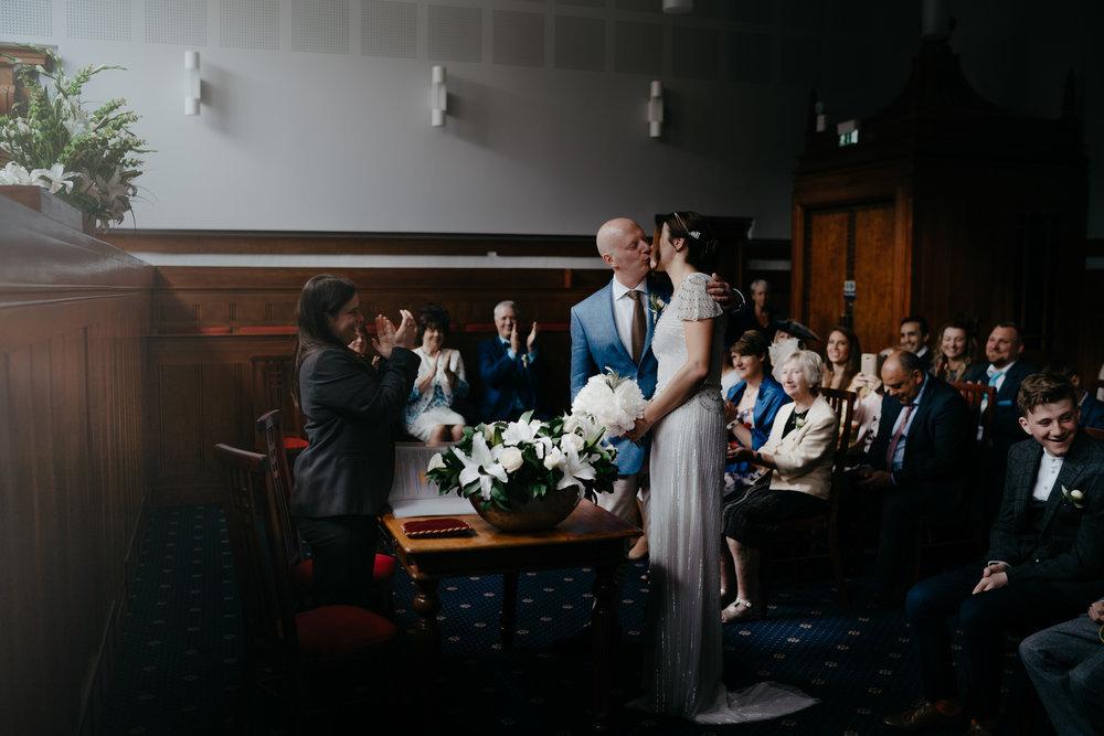 bruidsfotografie-bruiloft-amsterdam-utrecht-mark-hadden-Andy Gunta-095.jpg