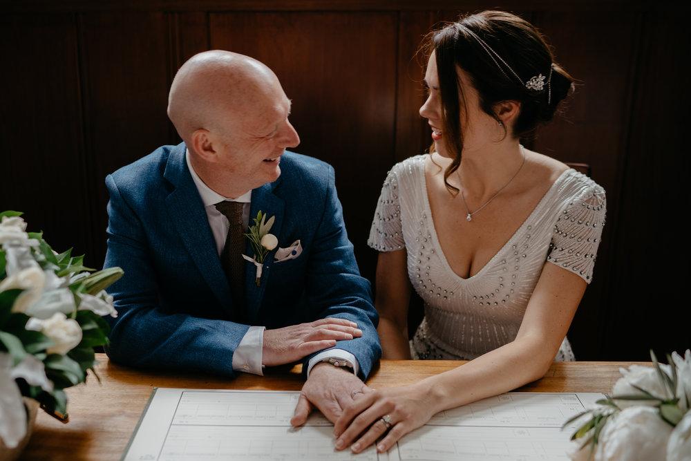 bruidsfotografie-bruiloft-amsterdam-utrecht-mark-hadden-Andy Gunta-106.jpg