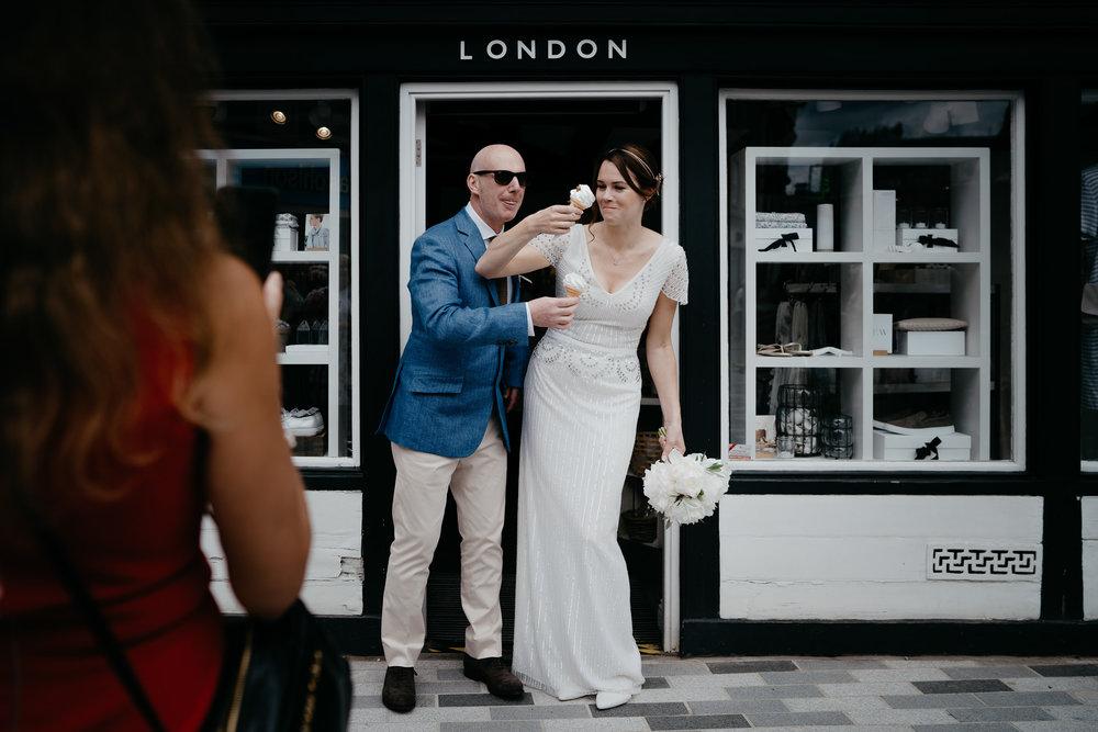 bruidsfotografie-bruiloft-amsterdam-utrecht-mark-hadden-Andy Gunta-149.jpg
