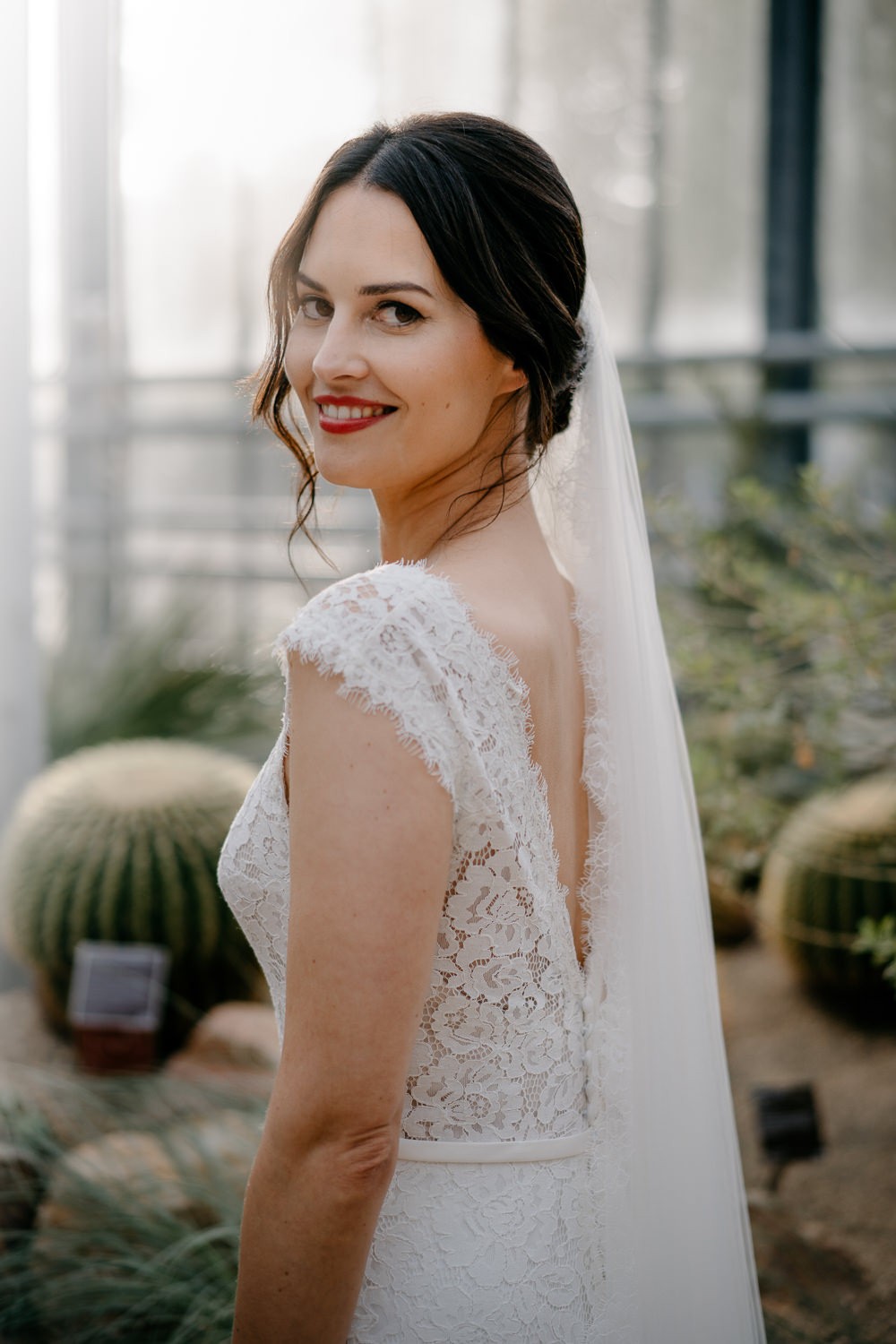 bridal portrait by mark hadden amsterdam wedding photographer