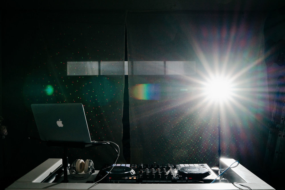 dj booth set up wedding utrecht photography