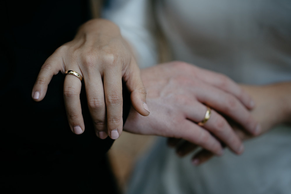 wedding rings details photography